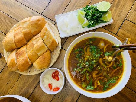 Hình ảnh cho danh mục Súp lươn bánh mì